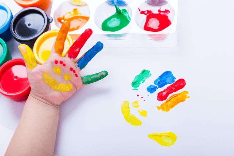Trò chơi vẽ màu bằng ngón tay